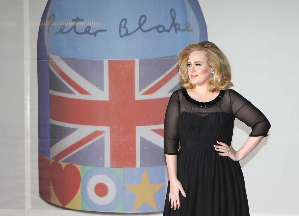 Anxiety Attacks Plague Singer Adele On Stage